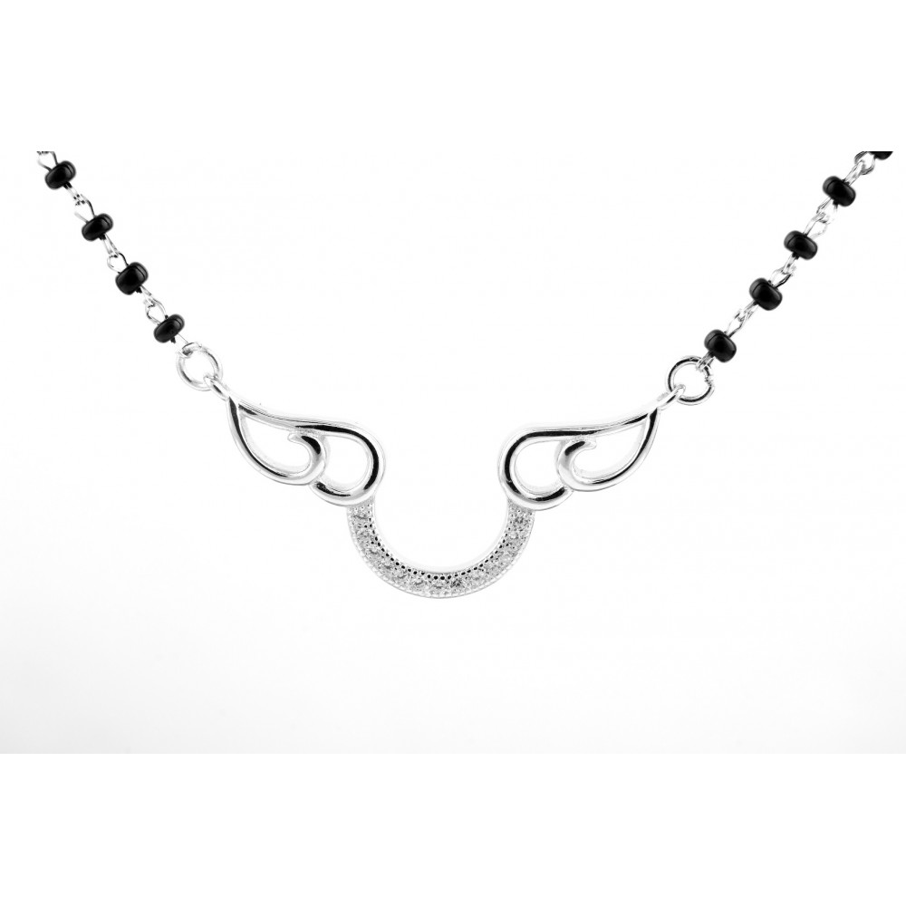 U Shaped Design  With Plain Curve Mangalsutra Pendant Set