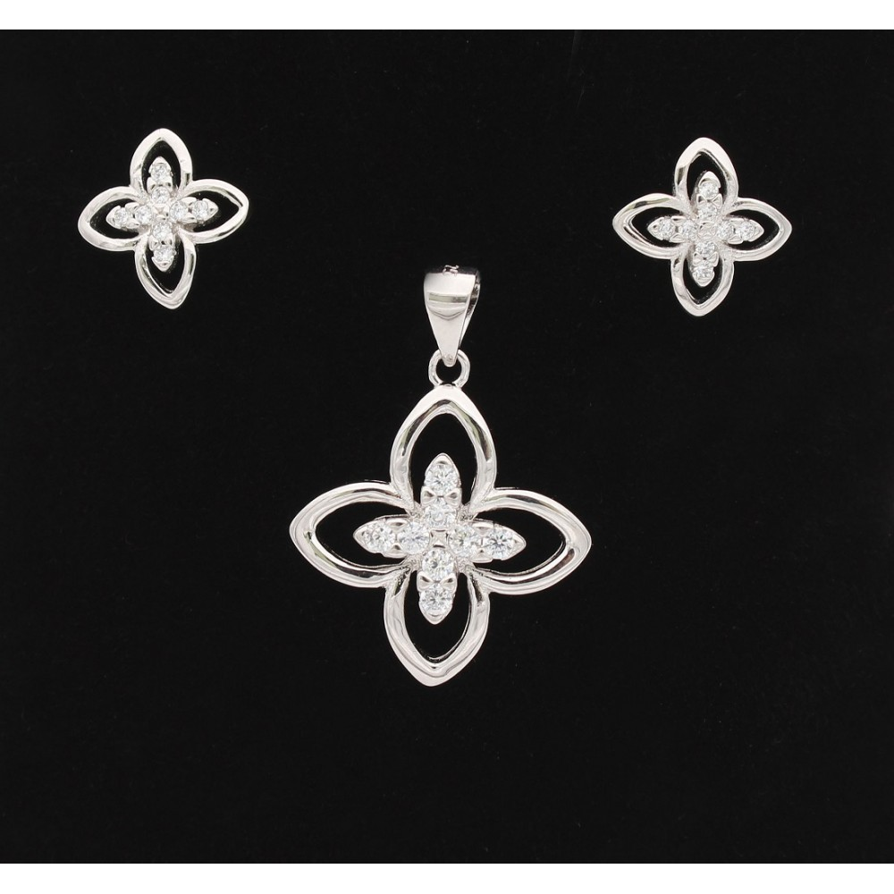 Leaf Flower Pendant Set