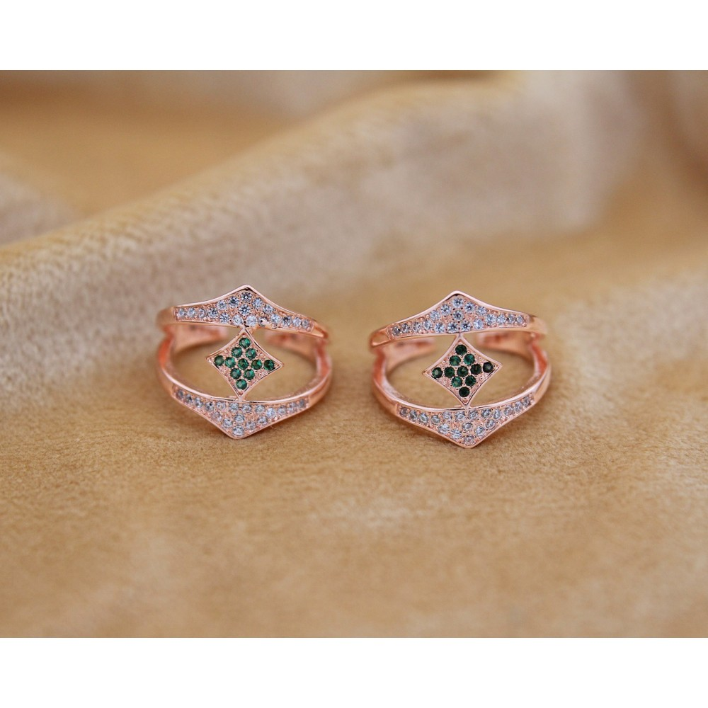 Green Stone Rose Gold Toe Ring